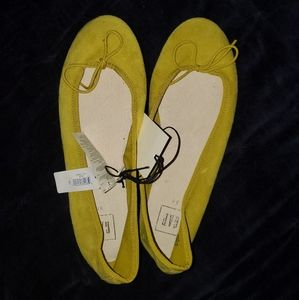 GAP Yellow Ballerina Slippers Suede Size 8